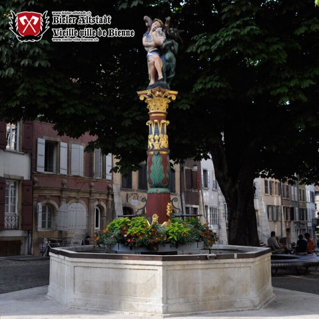 Fontaine de l'Ange à la rue Haute